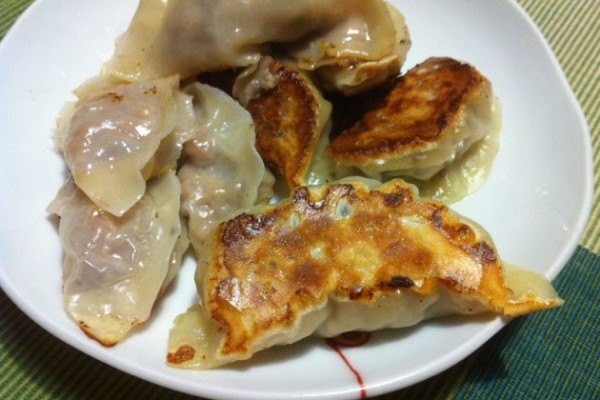 jiaozi chinese dumplings jiaozi chinese dumplings chinese jiaozi and ...